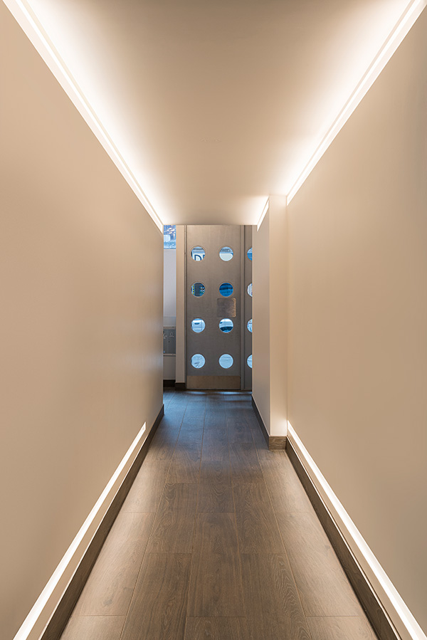 Pure Lighting Reveal Cove Plaster In Led System